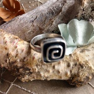 Vtg Sheri Liebert sterling silver ring